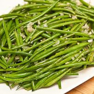 Roasted Green Beans and Sweet Onion