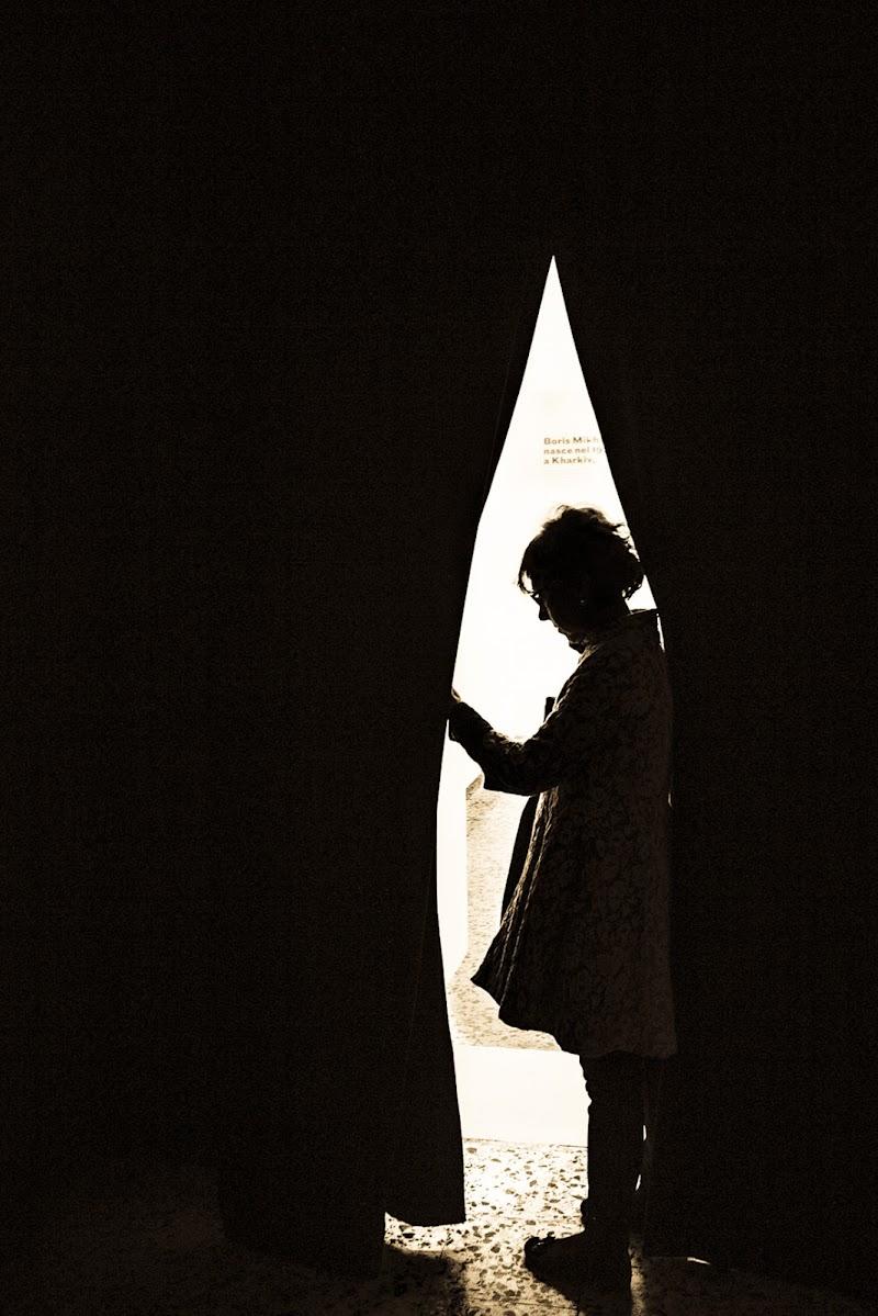 Cercando la luce. di D. Costantini