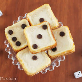 Mini Cheesecakes with Graham cracker crust.