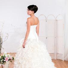 Wedding photographer Irina Pronina (lovebokeh). Photo of 13.12.2013