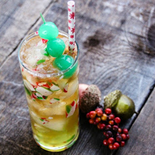 Sour Mint Apple Drink Cocktail.