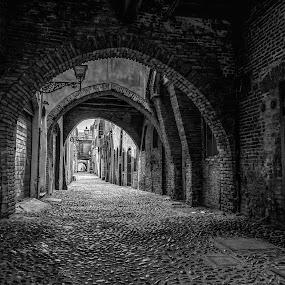 Via delle Volte, Ferrara. by Andrea Magnani - Black & White Buildings & Architecture ( #ferrara, cityscape, black and white, street photography, architecture )