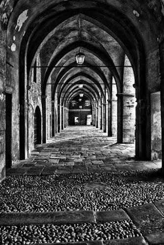 Archi in Città Alta Bergamo... di TUNIGGIA
