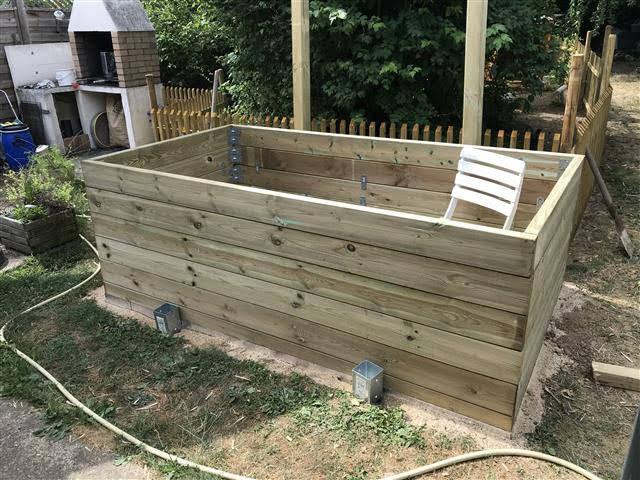 petit bassin hors sol en bois