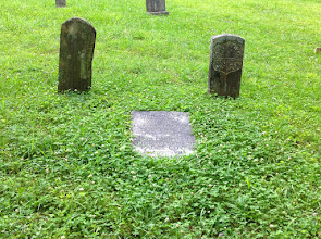 Photo: John and Lurana Frazier Oliver - residents of the cabin picture I have earlier - Primitive Baptist Church Cemetery
