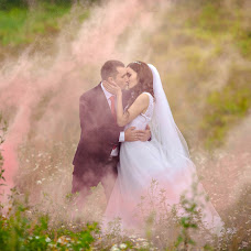Wedding photographer Anna Zavodchikova (foxphoto). Photo of 24.02.2018