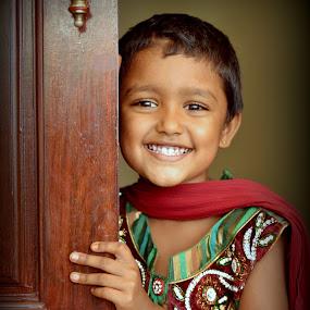 Smile that worth a lot!! by Saravanakumar Thangavelu - Babies & Children Children Candids