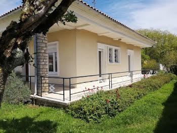 villa à Chasseneuil-sur-Bonnieure (16)