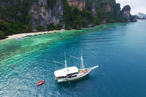 Enjoy stunning views of Phi Phi Island