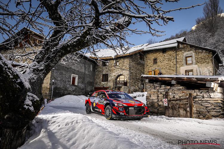 Thierry Neuville schuift nog op in de sneeuw in Monte Carlo, overwinning is voor Fransman Ogier