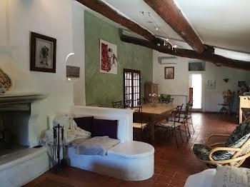 maison à Grambois (84)