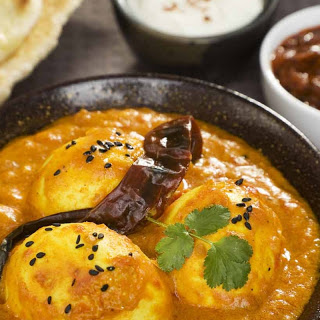 Quick and Simple Egg Curry.