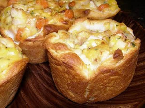 Cheesy Chicken Pot Biscuit Cups