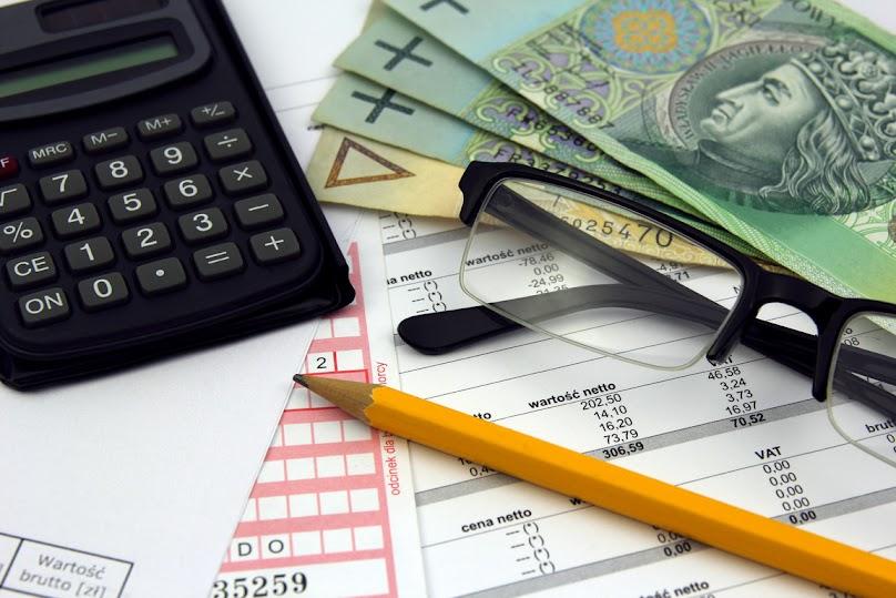 Proces przyznania dofinansowania na kolektory słoneczne przebiega w kilku etapach.