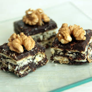 Turkish Nougat Or Oatmeal And Biscuits.