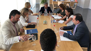 Reunión en la Universidad de Almería.