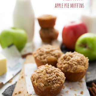 Healthy Apple Pie Muffins (with Greek yogurt)