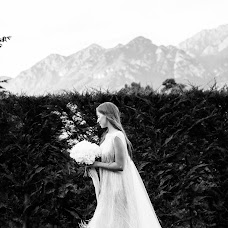 Wedding photographer Elena Valinurova (Horo). Photo of 26.11.2018