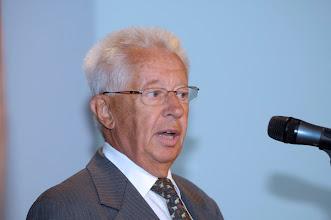 Photo: Juryvoorzitter prof. dr. Henk Timerman tijdens uitreiking van de Galenus Geneesmiddelenprijs en Galenus Researchprijs 2010  © Bart Versteeg