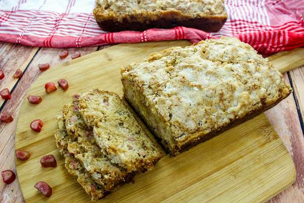 Rhubarb Streusel Cake With Slices Cut.