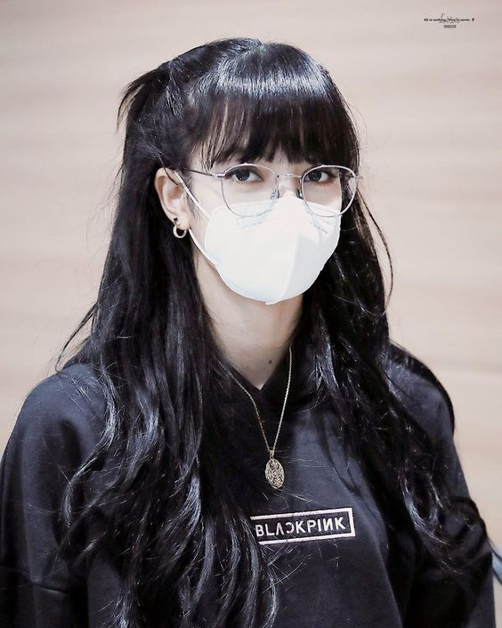 lisa glasses 47