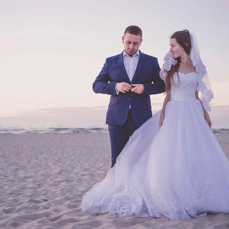 Wedding photographer Pozytywka - Pracownia Twórcza (PozytywkaPrac). Photo of 19.08.2016