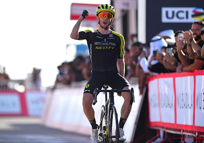 Throwback: Aankomst bergop in Ronde van Catalonië kolfje naar de hand van Adam Yates