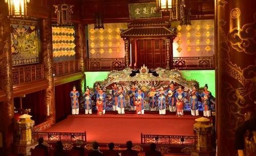 Đại Nội Huế đón Nhà vua và Hoàng hậu Nhật Bản 4