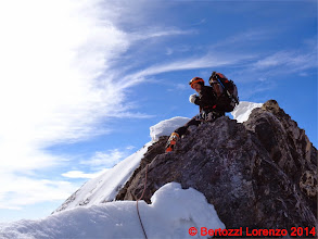 Photo: Lor_DSC00171 io a cavalcioni sulla roccia della Suldengrat