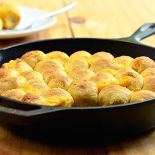Cheese-Stuffed Pull Apart Rolls