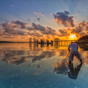 SunChaser by Lb Chong Jacobs - Landscapes Waterscapes