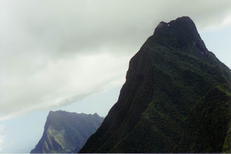 Photo: #010-Survol de Moorea