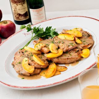 Pork Chops With Apples and Cider
