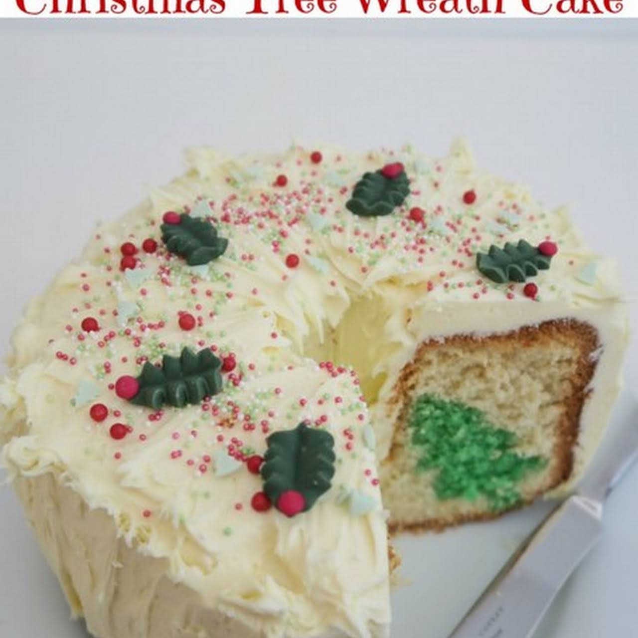 Christmas Tree Wreath Cake