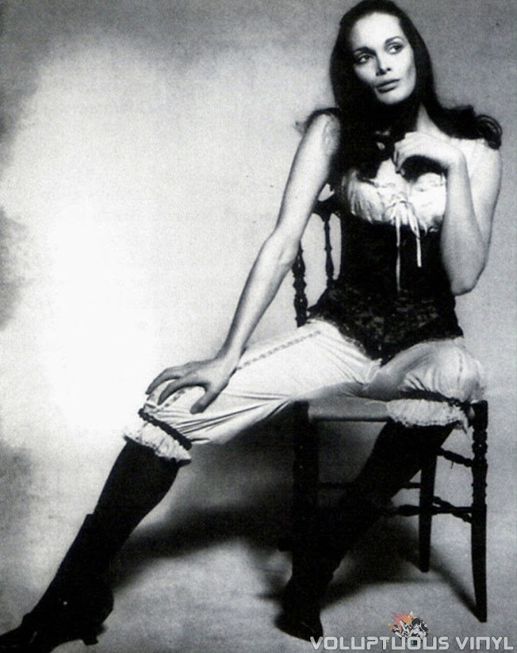 Martine Beswick Dr Jekyll and Sister Hyde
