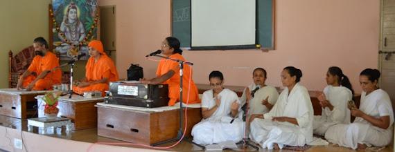 Photo: Acharyas and Bramhacharis inaugurating the Shibir
