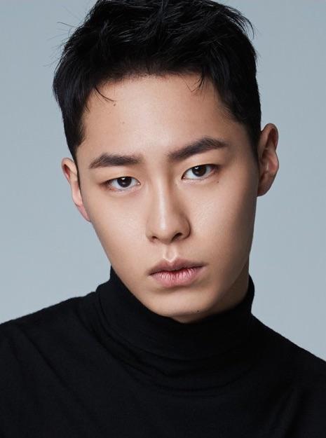 Lee_Jae-Wook_(1998)-P1