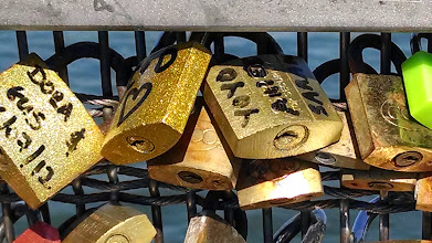 Photo: Locks on bridge 4