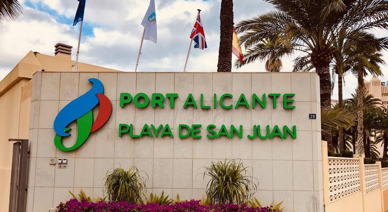 Port Alicante Playa de San Juan