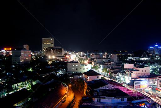 Balikpapan City At Night Vistas City Street Park Pixoto