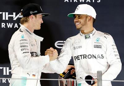 """Hamilton blikt terug op strijd met Rosberg: """"Er zijn wat ongemakkelijke situaties geweest, maar ik heb veel over mezelf geleerd"""""""