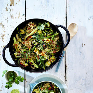 Green Vegetable Curry with Noodles.