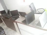 Laptop Duniyaa photo 1