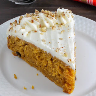 How to Make Thanksgiving Pumpkin Cake with Cream Cheese Frosting