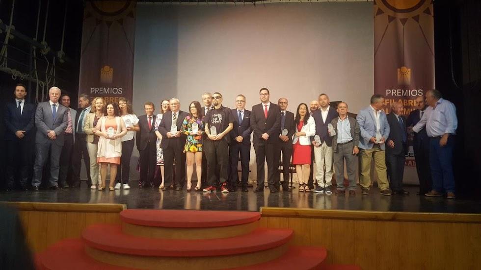 Foto de familia de los premiados en esta IV edición de los Premios Filabres Alhamilla.