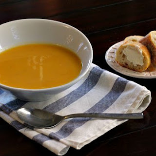 Butternut Squash Soup with Apple, Blogger's Clue