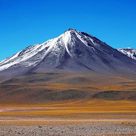 Atacama! +++++ by Itamar Campos - Landscapes Mountains & Hills ( volcano, desert, chile )