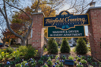 Go to Fairfield Crossing Apartments website