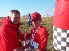 Zdjęcie: Lucek przyjmuje gratulacje od Andrzeja Kieczy rzecznika maratonu !