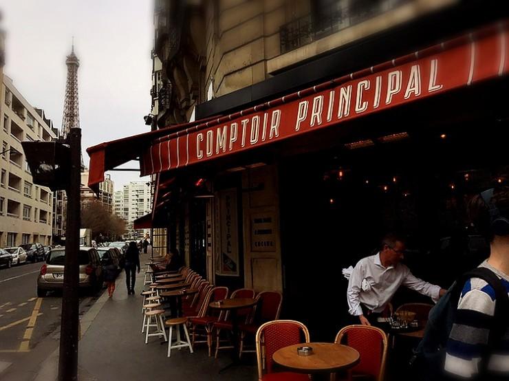 フランス・パリのオフィスワーカーが足しげく通うエッフェル塔近くの美味しいレストラン「コントワール・プリンシパル(COMPTOIR PRINCIPAL)」